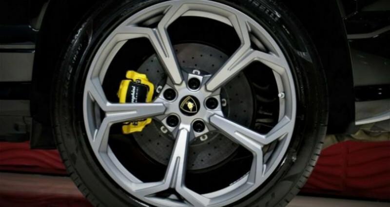 Lamborghini Urus Lamborghini Urus * PACK STYLE * B & O * PACK ADAS * 22 LM *  Noir occasion à Mudaison - photo n°5