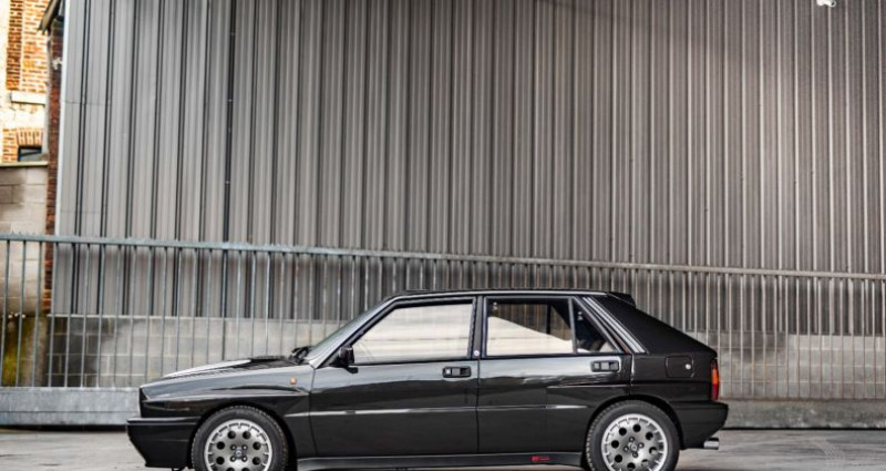 Lancia Delta 8V KAT Noir occasion à Paris - photo n°5
