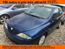 Lancia Ypsilon Bleu, garage VOITURE PAS CHERE RHONE ALPES à Saint-Bonnet-de-Mure