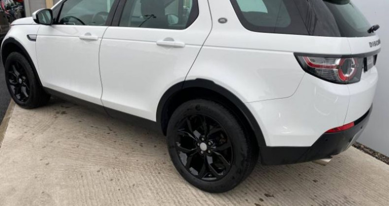 Land rover Discovery 2.0 TD4 150ch AWD HSE Mark II Blanc occasion à AUBIERE - photo n°2