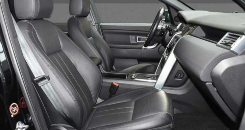 Land rover Discovery 2.0 TD4 180ch AWD HSE Noir occasion à Boulogne-Billancourt - photo n°5