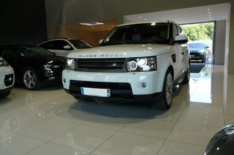 Land rover Discovery 3.0 TDV6 245 DPF HSE BVA Blanc occasion à Beaupuy