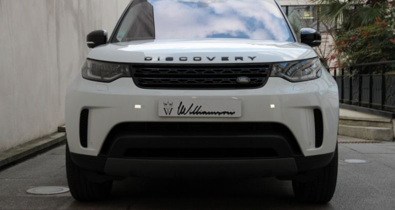 Land rover Discovery 5 hse luxury ethanol 300hp i Blanc occasion à Neuilly Sur Seine - photo n°2