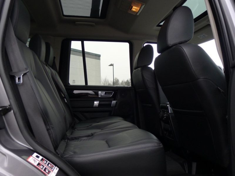 Land rover Discovery SDV6 3.0 256 HSE 7 Places Gris occasion à Beaupuy - photo n°5