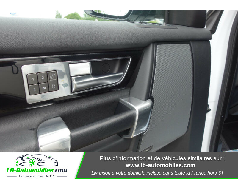Land rover Discovery SDV6 3.0L 256 ch Blanc occasion à Beaupuy - photo n°8