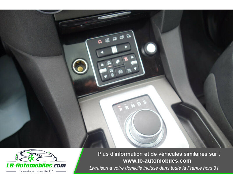 Land rover Discovery SDV6 3.0L 256 ch Blanc occasion à Beaupuy - photo n°6