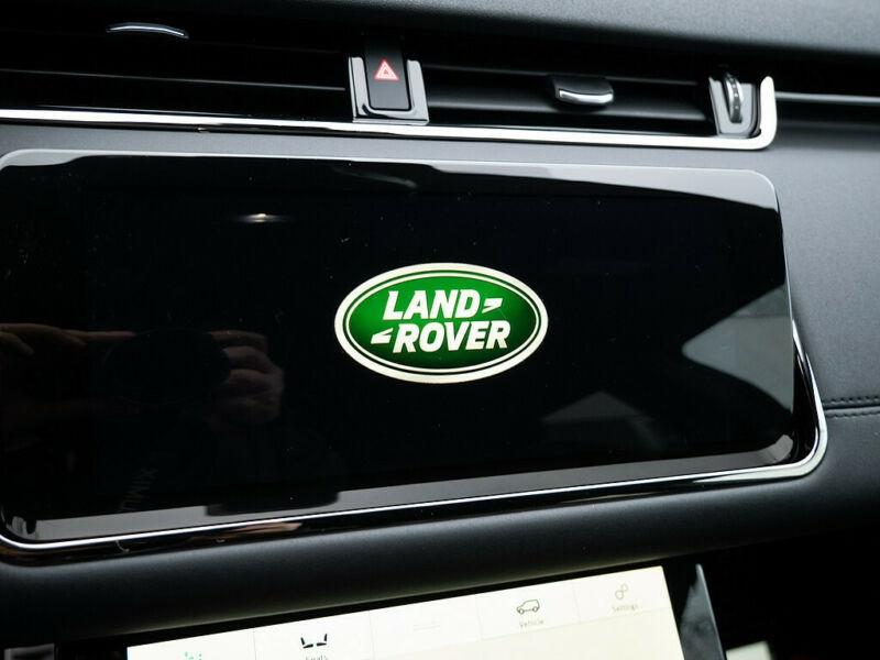 Land rover Range Rover Evoque 2.0 D 150CH R-DYNAMIC SE AWD BVA Blanc occasion à Villenave-d'Ornon - photo n°5