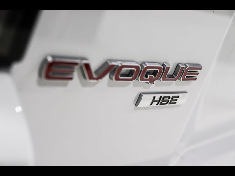 Land rover Range Rover Evoque 2.0 TD4 150 HSE Dynamic BVA Mark IV Blanc occasion à Castres - photo n°8