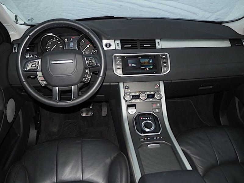 Land rover Range Rover Evoque 2.0 TD4 150 SE BVA MARK V Noir occasion à Villenave-d'Ornon - photo n°2