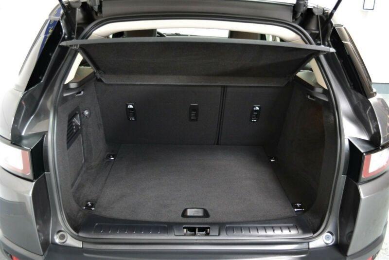 Land rover Range Rover Evoque 2.0 TD4 150 SE MARK III E-CAPABILITY Gris occasion à Villenave-d'Ornon - photo n°4