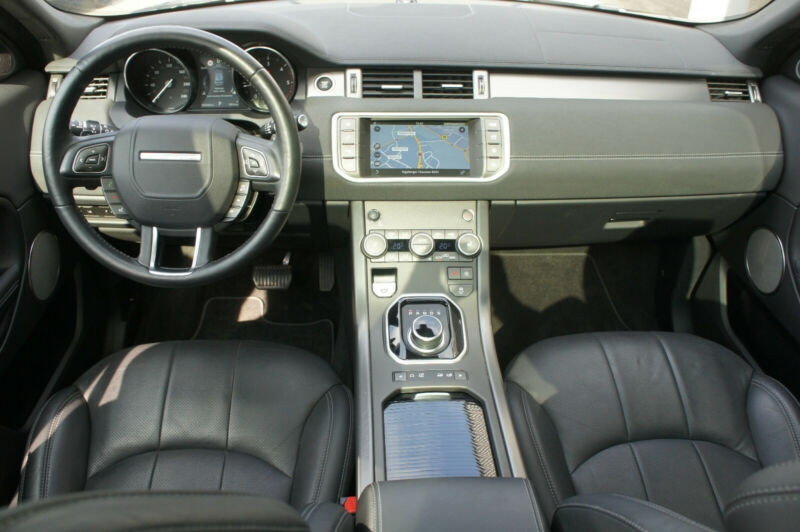 Land rover Range Rover Evoque 2.0 TD4 180 SE DYNAMIC BVA MARK V Blanc occasion à Villenave-d'Ornon - photo n°9