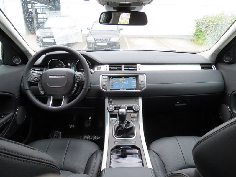 Land rover Range Rover Evoque ED4 150 Bleu occasion à Beaupuy - photo n°2