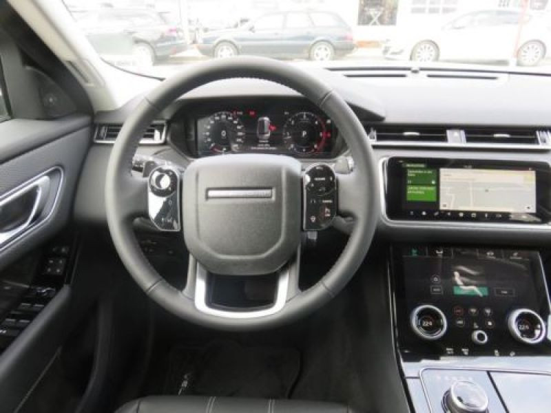 Land rover Range Rover Velar 2.0 TDI 180 Gris occasion à Beaupuy - photo n°8