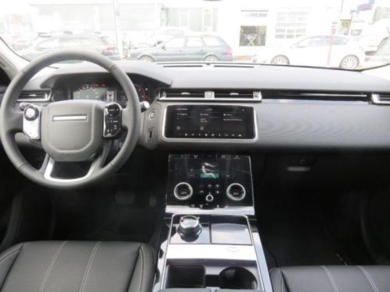 Land rover Range Rover Velar 2.0 TDI 180 Gris occasion à Beaupuy - photo n°2