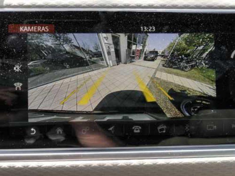 Land rover Range Rover Velar 2.0 TDI 240 Noir occasion à Beaupuy - photo n°8