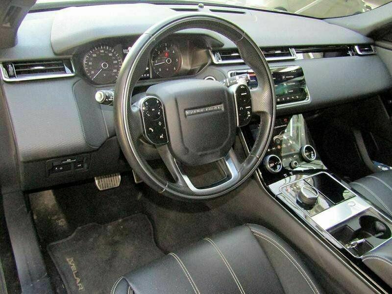 Land rover Range Rover Velar 2.0D 180CH R-DYNAMIC AWD BVA Gris occasion à Villenave-d'Ornon - photo n°4
