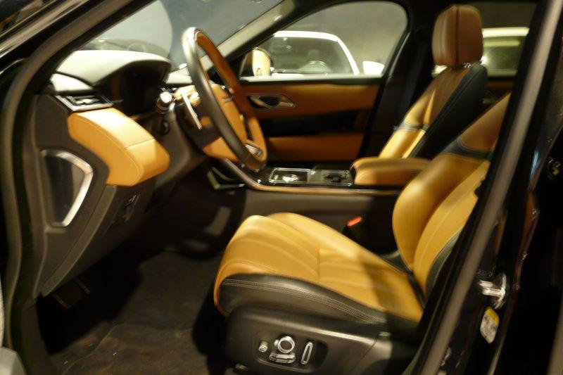 Land rover Range Rover Velar 3.0 D300 4WD R-DYNAMIC Noir occasion à Beaupuy - photo n°4