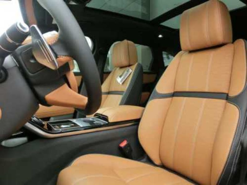 Land rover Range Rover Velar 3.0 i 380 Noir occasion à Beaupuy - photo n°4