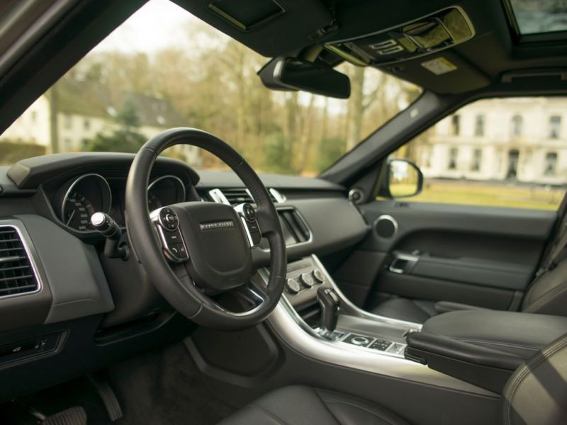 Land rover Range Rover 3.0 SDV6 SE 306 Gris occasion à Beaupuy - photo n°2