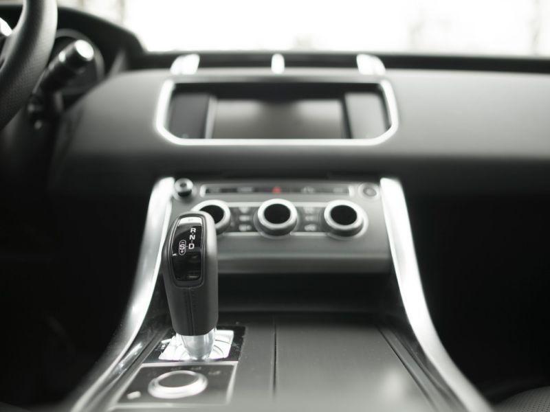 Land rover Range Rover 3.0 SDV6 SE 306 Gris occasion à Beaupuy - photo n°7