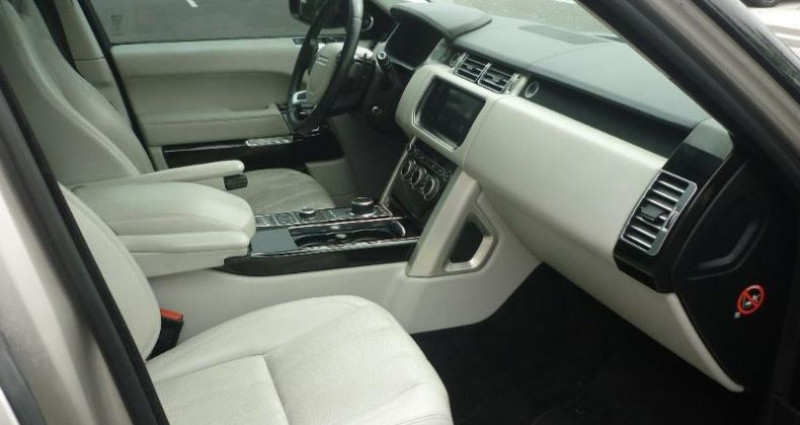 Land rover Range Rover 3.0 TDV6 258 Vogue SWB Mark V Jaune occasion à Laxou - photo n°3