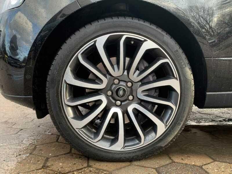 Land rover Range Rover 4.4 SDV8 Autobiography Noir occasion à BEAUPUY - photo n°9