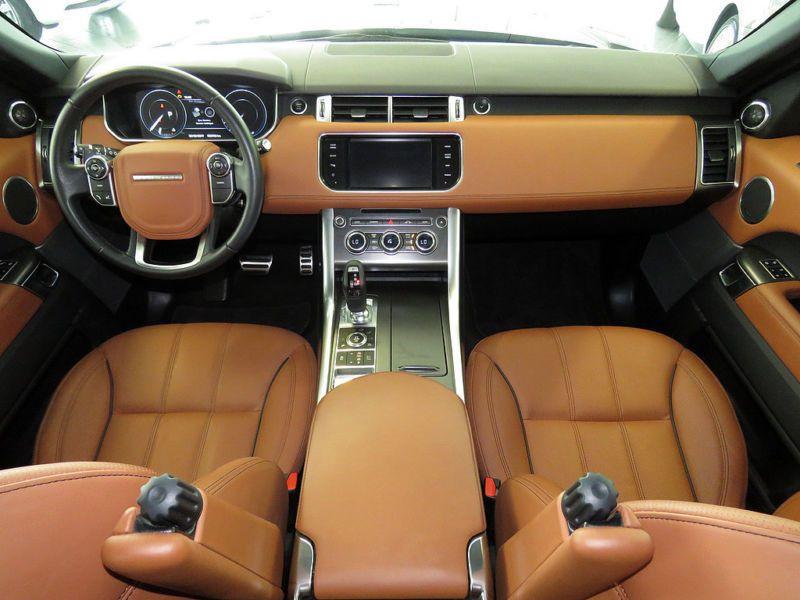 Land rover Range Rover 4.4 SDV8 HSE Noir occasion à Beaupuy - photo n°2