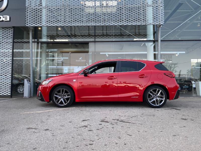 Lexus CT 200h F SPORT Euro6d-T Rouge occasion à Saint-Herblain - photo n°4