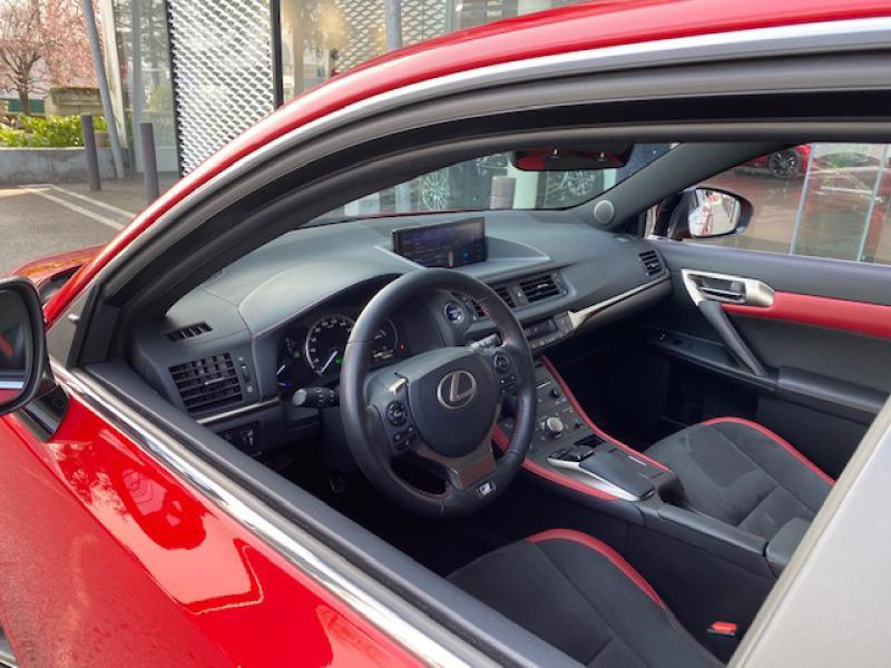 Lexus CT 200h F SPORT Euro6d-T Rouge occasion à Saint-Herblain - photo n°8