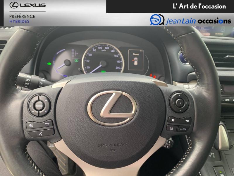 Lexus CT CT 200h Pack 5p Blanc occasion à Seyssinet-Pariset - photo n°12