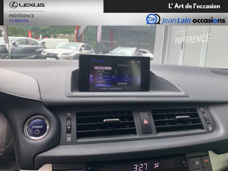 Lexus CT CT 200h Pack 5p Blanc occasion à Seyssinet-Pariset - photo n°16