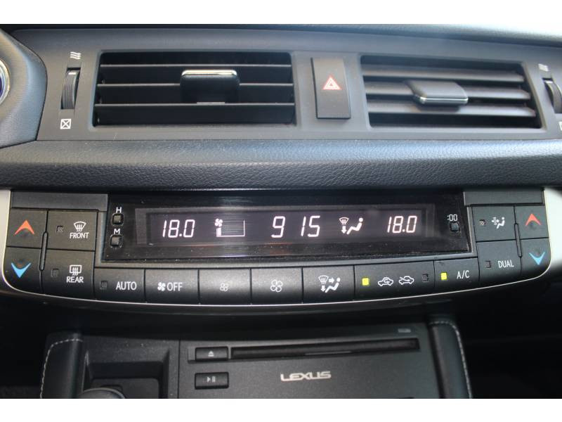 Lexus CT Luxe Gris occasion à Toulouse - photo n°17