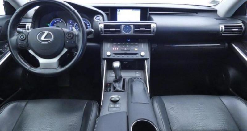 Lexus IS 300h Executive Gris occasion à Mouilleron Le Captif - photo n°3