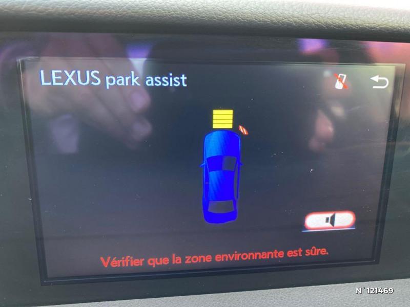 Lexus IS 300h Pack Business Gris occasion à Saint-Maximin - photo n°20