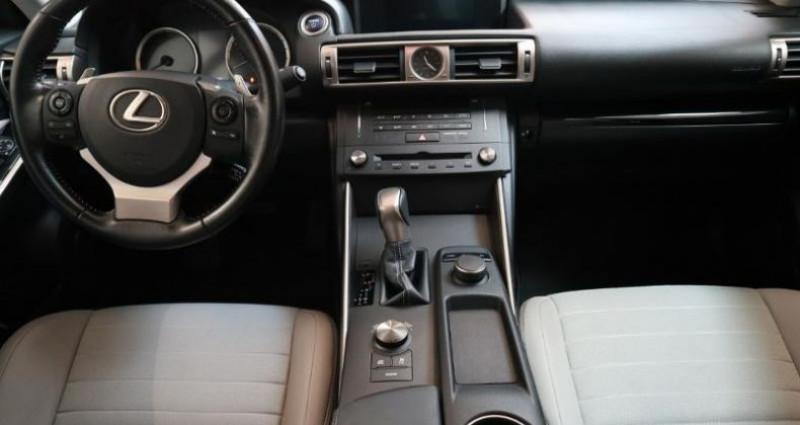 Lexus IS 300h Pack Gris occasion à Aytre - photo n°3