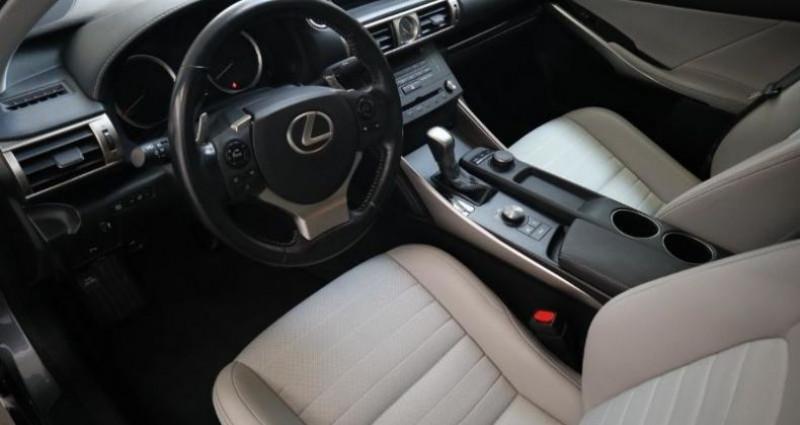 Lexus IS 300h Pack Gris occasion à Aytre - photo n°7
