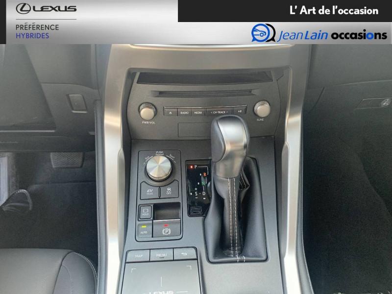 Lexus NX NX 300h 2WD Pack Business 5p Gris occasion à Seyssinet-Pariset - photo n°13