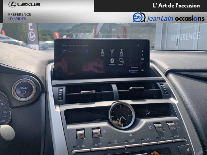 Lexus NX NX 300h 2WD Pack Business 5p Gris occasion à Seyssinet-Pariset - photo n°16