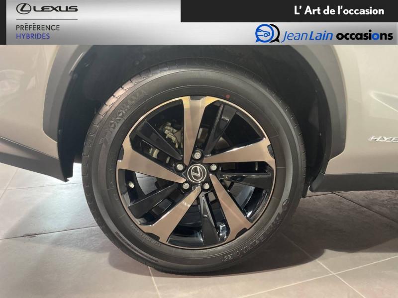 Lexus NX NX 300h 2WD Sport Edition 5p Gris occasion à Meythet - photo n°9