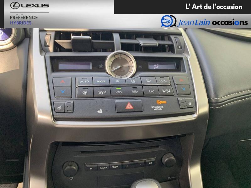 Lexus NX NX 300h 4WD E-CVT Luxe 5p Gris occasion à Seyssinet-Pariset - photo n°14