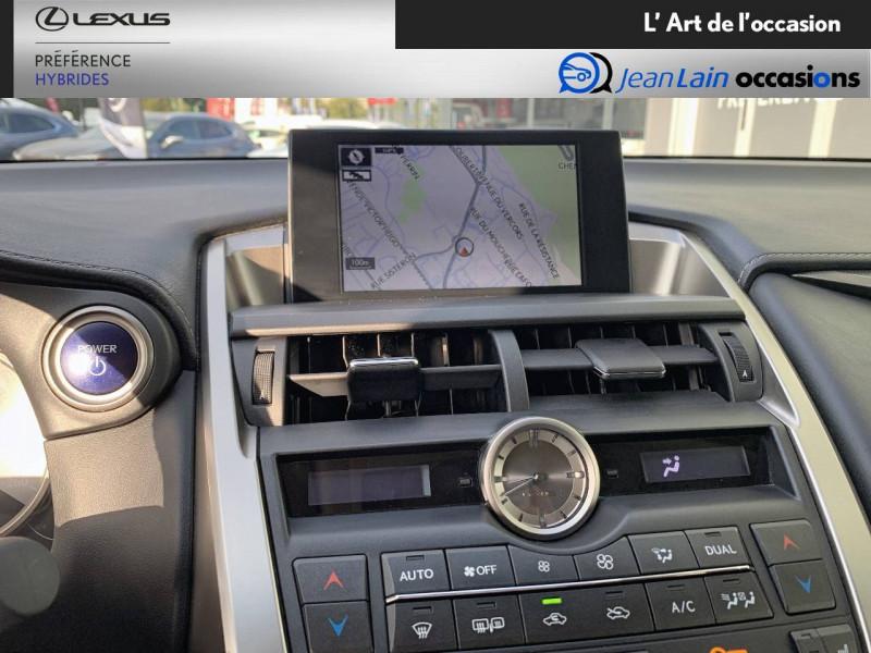 Lexus NX NX 300h 4WD E-CVT Luxe 5p Gris occasion à Seyssinet-Pariset - photo n°16