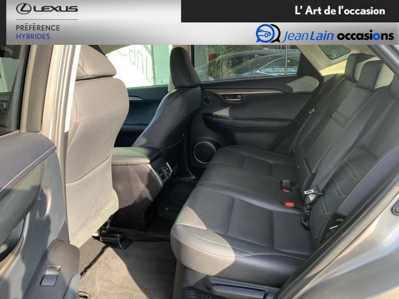 Lexus NX NX 300h 4WD E-CVT Luxe 5p Gris occasion à Seyssinet-Pariset - photo n°17