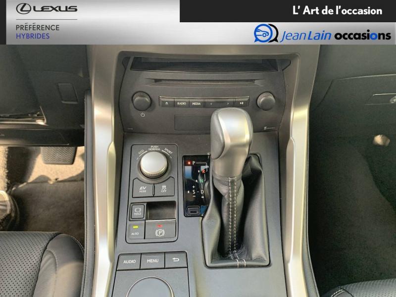 Lexus NX NX 300h 4WD E-CVT Luxe 5p Gris occasion à Seyssinet-Pariset - photo n°13