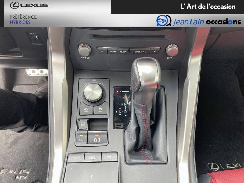 Lexus NX NX 300h 4WD F SPORT 5p Rouge occasion à Seyssinet-Pariset - photo n°13