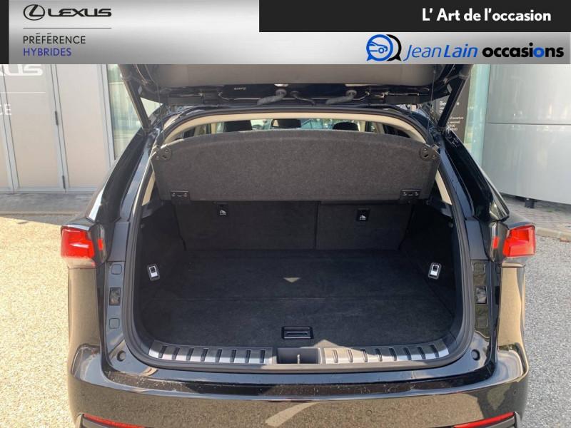 Lexus NX NX 300h 4WD Luxe 5p Noir occasion à Seyssinet-Pariset - photo n°10