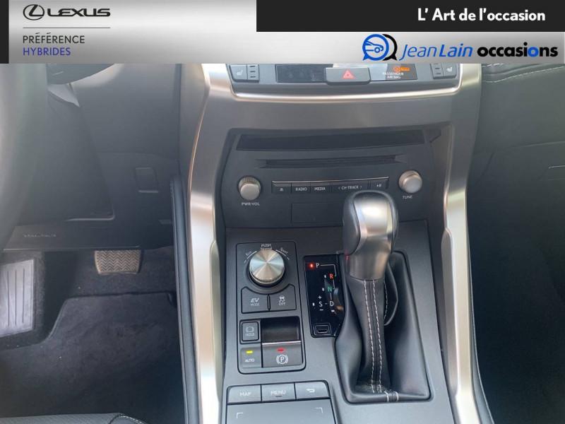 Lexus NX NX 300h 4WD Luxe 5p Noir occasion à Seyssinet-Pariset - photo n°13
