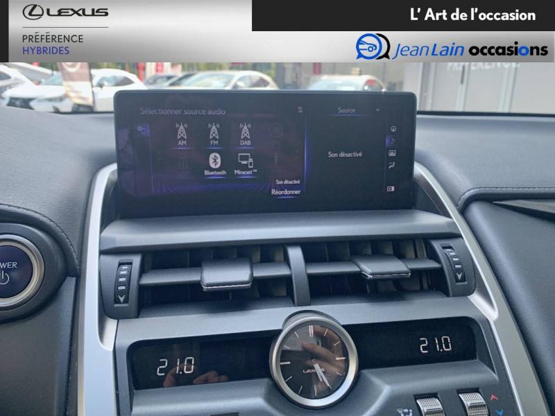 Lexus NX NX 300h 4WD Luxe 5p Noir occasion à Seyssinet-Pariset - photo n°16