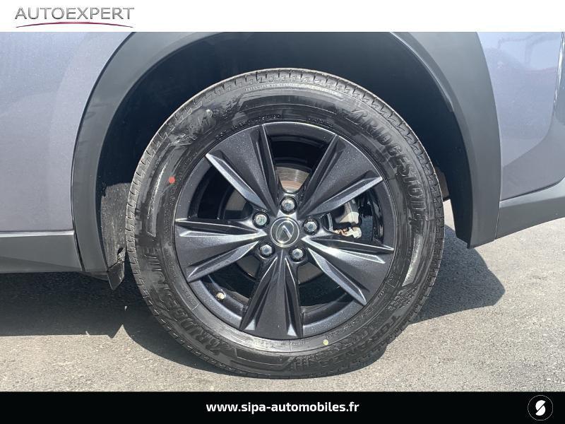 Lexus UX 250h 4WD Luxe MY19 Gris occasion à Villenave-d'Ornon - photo n°7