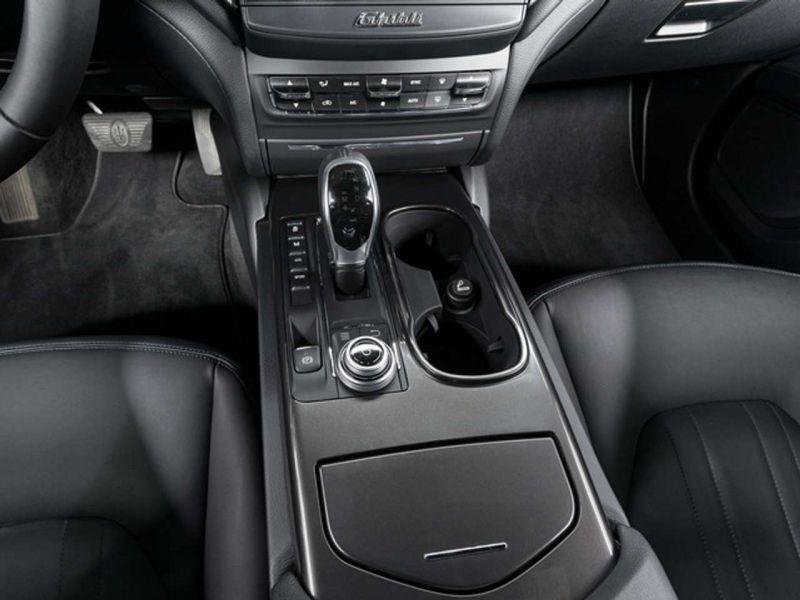 Maserati Ghibli 3.0 V6 275 D Noir occasion à BEAUPUY - photo n°5