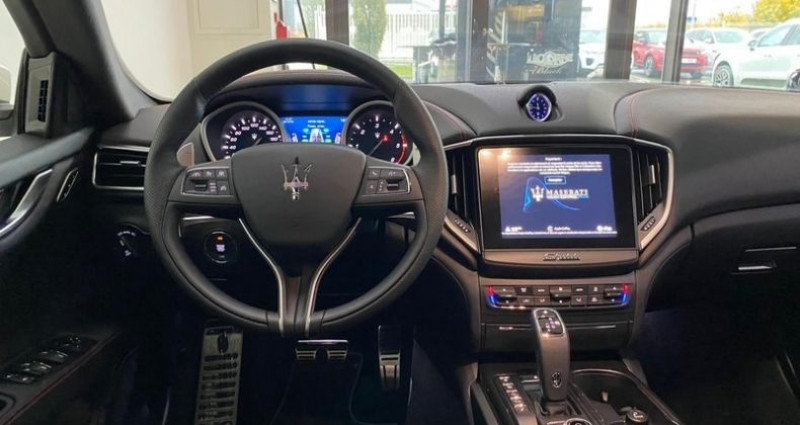 Maserati Ghibli 3.0 V6 275CH DIESEL 190G Blanc occasion à Mommenheim - photo n°3